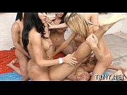 Бисексуалы в клубах групповое порно видео