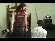 Порно сняли девак в сауну смотреть