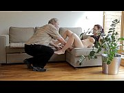 Смотреть онлайн баба принимала ванну где ее и выебали