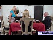 Жена пришла к массажисту порно