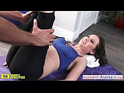 Жесткое порно сперма течет по ножкам