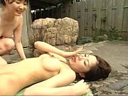 Девка с большими грудями орет от огромного члена в заднице видео