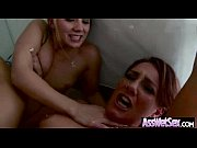 Порно инцест с офигенными развратными мамками