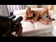 Порно ролики зрелые женщины и молодые парни