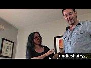 Муж уговаривает жену привести подругу