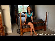 Секс видео 2 девушки занимаются сексом друг с другом с искуственным членом