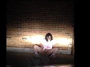 Видео как трахают девушки мужика