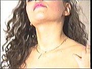 Игривая сексуальная обольстительница дала своему парню в зад