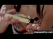 Видео девки кончают от пальчиков мужчины