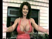 Смотреть порно сын ебет свою толстую русскую мать в попку