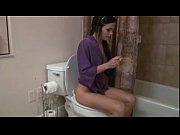 Соблазнила массажем подругу в бане