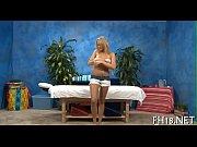 Групповое порно трахают девушку с большими сисями и кончают ей