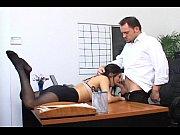 Смотреть порнно пышногрудая мачеха спалила пасынка за дрочкой