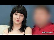Русское брат учит сестру стриптизу русское видео