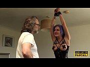 Скрытая камера замастурбацией голой женщиной
