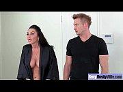 Порно видео муж пришел домой а жена с массажисткой