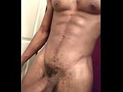 Смотреть порно молодой мачехи брюнетки в халате и пасынок