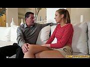 Девушка с шикарной грудью на природе порно видео