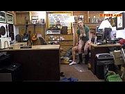 Видео беременная села на лицо парня для отлиза