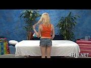 Миньет с пирсингом в языке видео