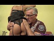 видео секс целка фото домашный