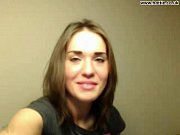 Смотреть порно жена изменяет в гараже с переводом на русский язык