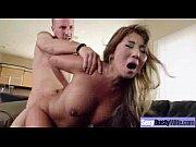 Відео порно с огромними клиторои