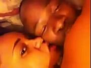 Порно жена изменяет при спящем муже