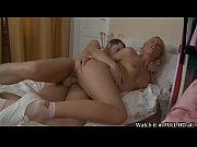 Голые лезбиянки целуются в постели смотреть онлайн-видео сейчас в хорошем качестве
