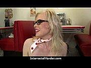Видео секс блондинка любит жестка сосать смотреть