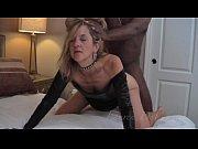Эмо девушка занимается мастурбацией видео