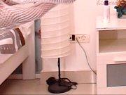 В номере одна кровать мама порно