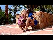 Видео секс как мужик бьёт по голой жопе ремнём по жопе за плохое повидение