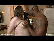 Толстый член трахает волосатую пизду