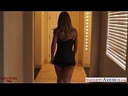 Видео что у женщины внутри пизды