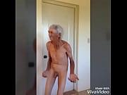Пока отец на работе дочь домогается к матери порно