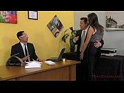 Блондинка в джинсовом сарафане порно видео онлайн