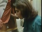 Видио девка занимается сексом за денги