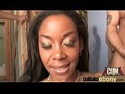 Порно видео зрелая тётка с короткой стрижкой
