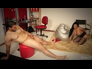 жена снимает как муж ебет ее подругу любительское смотреть онлайн