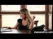 Секс видео как правильно облизать пезду языком