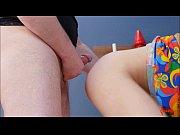 Порно парень трахает парня резиновыми членами