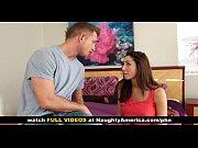 Красотка страстно кричит от секса видео
