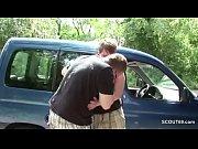 Порно видео зрелой блондинки с лысым нигером