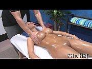 Novinha muito gostosa transando com massagista