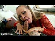 порно с обителем зла мульт