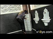 Порно ролики бабку трахают два мужика