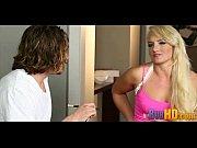 Русское порно видео парень лижет очко даме грязное
