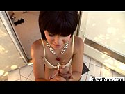 Русская девушка пришла на массаж смотреть