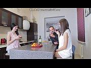 Видео девушек с потерянной камеры порно